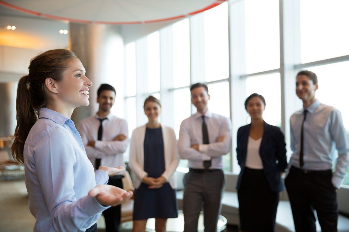 Chefe da felicidade: o que faz a profissão que está em alta?